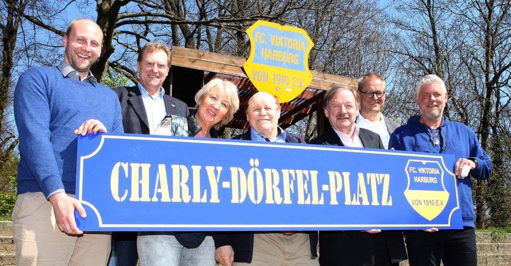 Charly-Dörfel-Platz