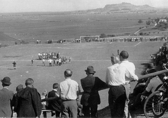 Freundschaftsspiel Anfang der 50er Jahre